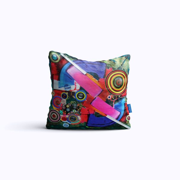 612-CosmicStation-WEB-pillow01