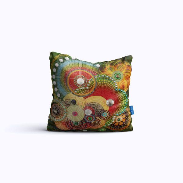 625-Multiverse-WEB-pillow01