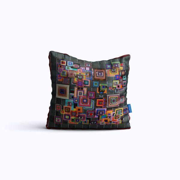 432-ReflectionsInRed2-WEB-pillow01