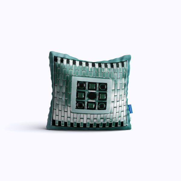 449-Mirrormax-WEB-pillow01