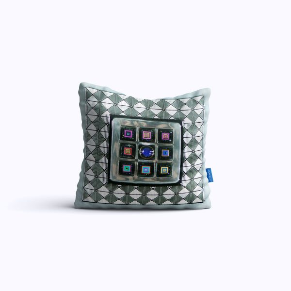452-Fractured-Images-WEB-pillow01