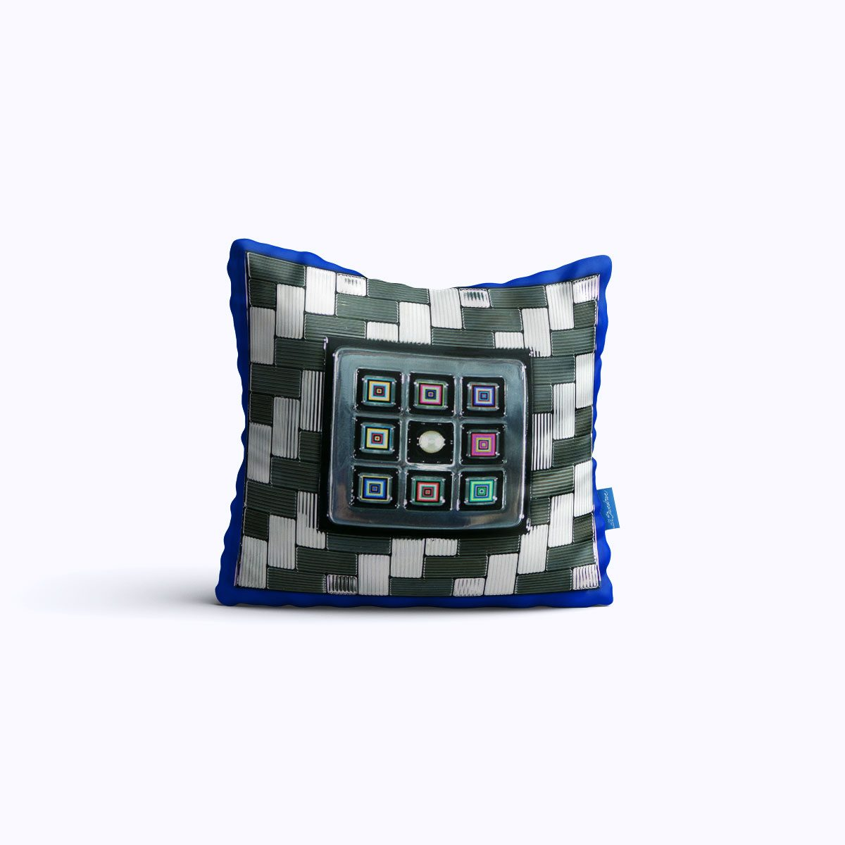 453-Tic-Tac-Pearl-WEB-pillow01