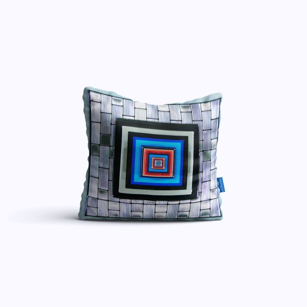 454-SilverStation-WEB-pillow01