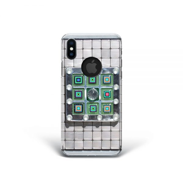 447-Check-Mate-WEB-iphone01