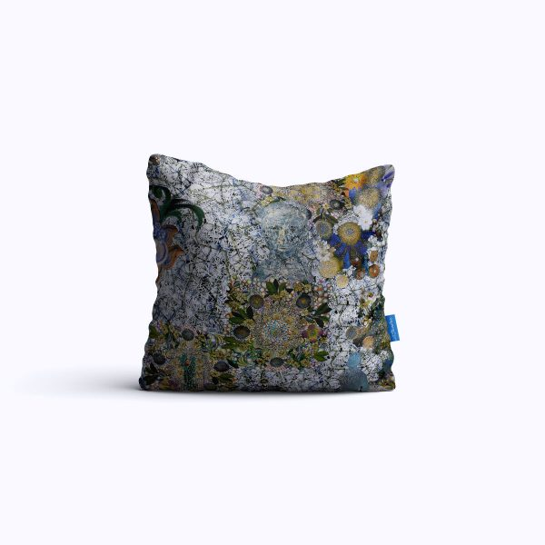 73-Fractured-Memories-WEB-pillow01