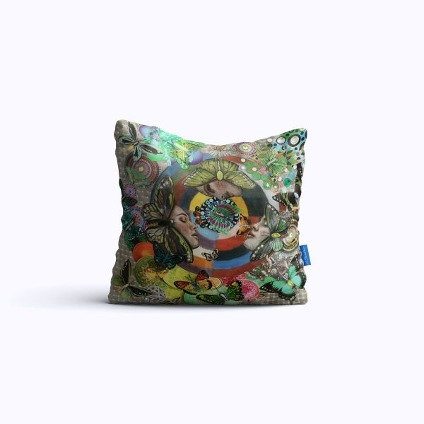 730-The-Butterfly-Queens-WEB-pillow01