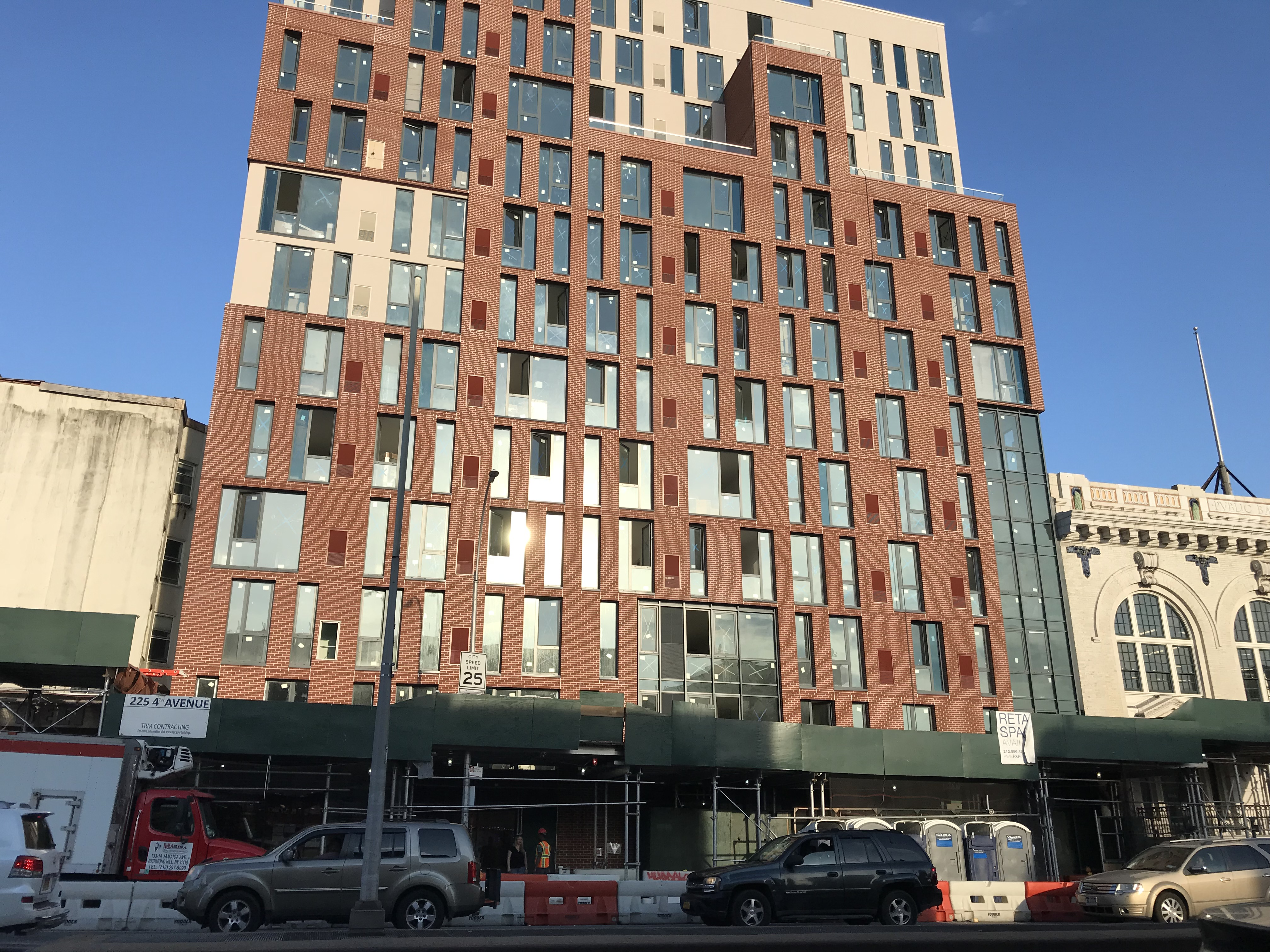 dfd0d9ebe90 Starbucks Opening At 4th Avenue & Union In Park Slope - BKLYNER