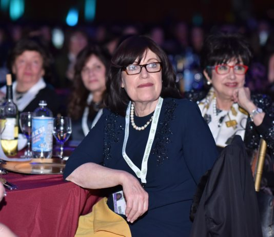 Onlookers at the the International Woment's Chabad-Lubavitch Women's Emissary Conference at the New York State Armory)