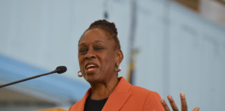 First lady Chirlane MCCray addresses a congregation during Thrive NYC's Faith Weekend (Todd Maisel/Bklyner)