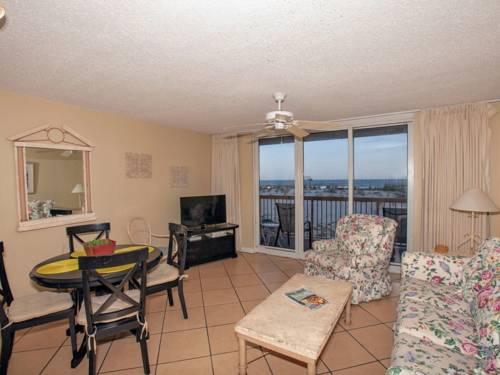 Pelican Beach Resort 109