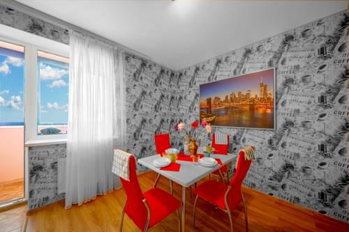 Apartment Grushevka 125
