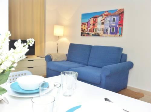 Valencia Port & Marina Apartments