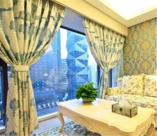 Chengdu Yuerong Theme Apartment