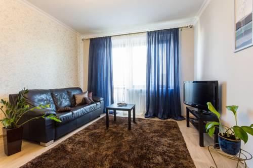 Royal Stay Group Apartments Myasnikova 34