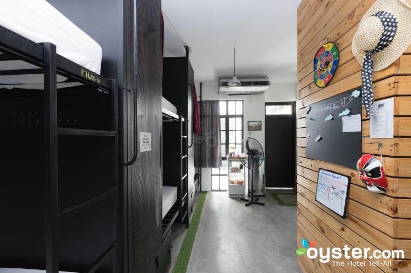Roomies Penang Guesthouse