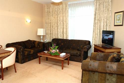 Cassells Hotel Apartments Deluxe