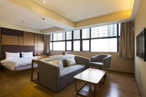 JI Hotel Wuhan Zhuankou Development Zone