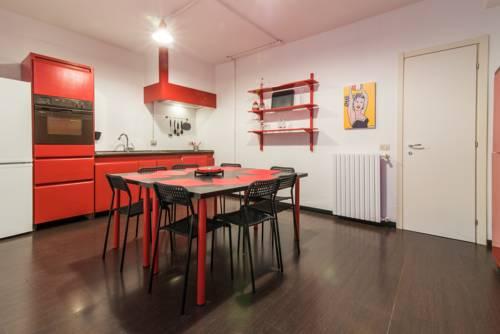 City Life Apartment