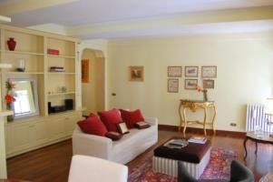Pantheon Elegant Apartment Hov 51575
