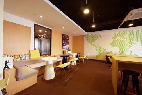 IU Hotel Tianjin Huaxia Weilai