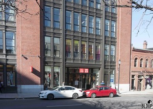 Danker donohue garage renovation 341 newbury street uniqlo store parking gensler shawmut construction