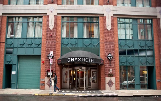 Onyx hotel bulfinch trinagle boston ma