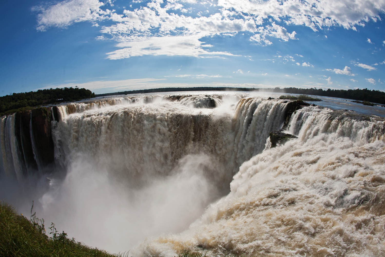 Si vas a viajar a las Cataratas del Iguazú, tenés que ir a La Garganta del Diablo, la vedette
