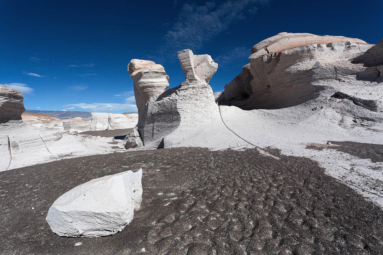 El campo de piedra pómez está a más de 3 mil metros de altura y tiene una extensión de 25 kilómetros