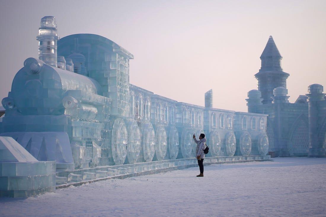 El festival de hielo más grande del mundo se desarrolla en la ciudad de Harbin, China