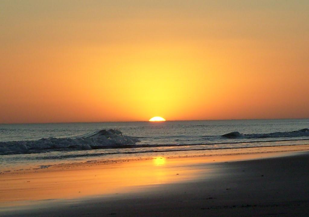 Reta, una joya entre las playas argentinas: aguas cálidas, playas anchas y atardeceres hermosos
