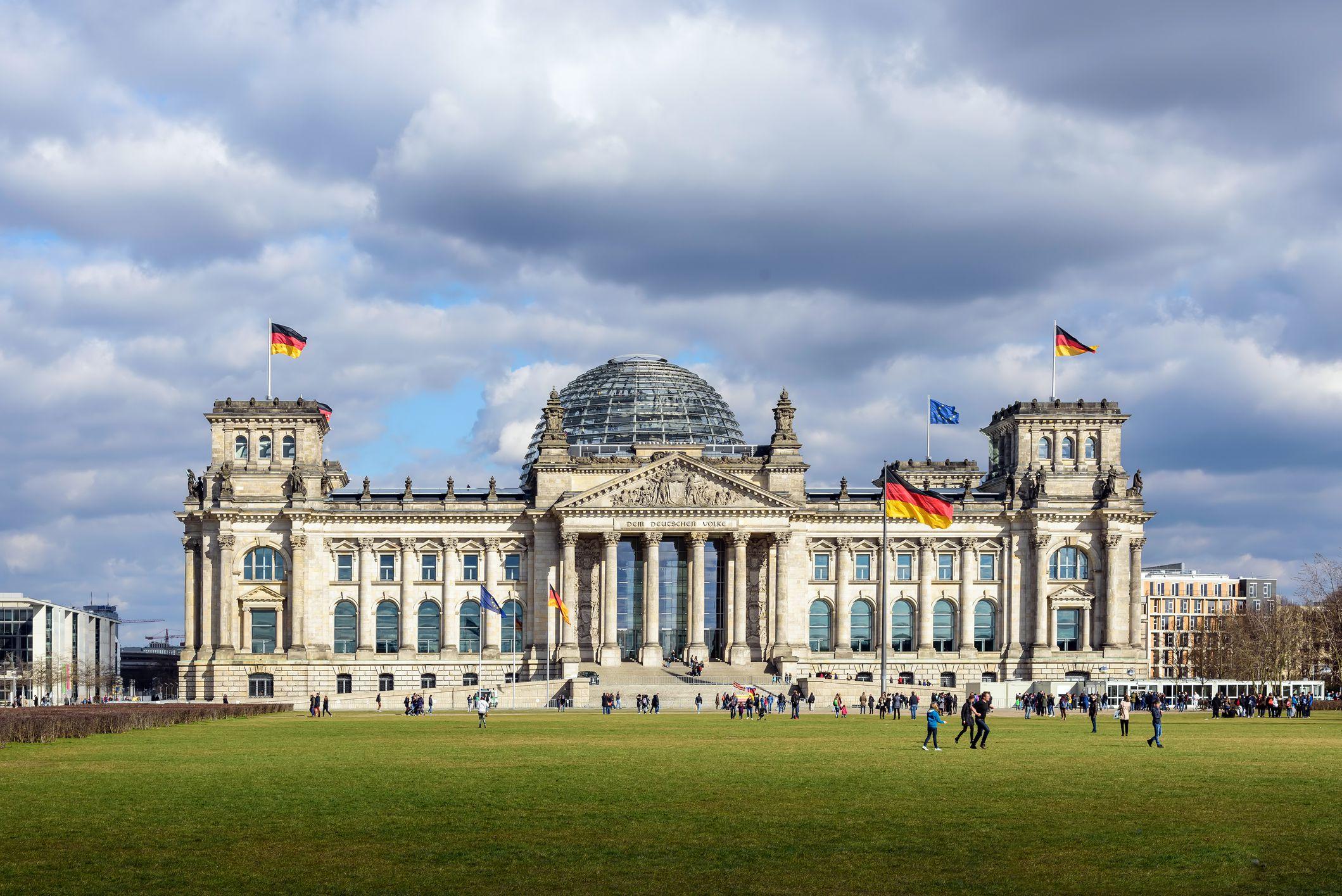 Los lugares que hay que visitar en Berlín - Reichstag