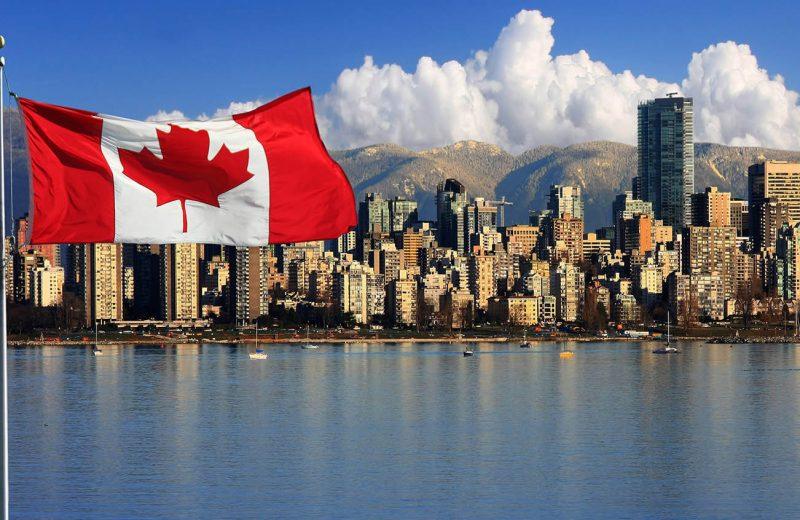 مكاسب للدولار الكندي ومؤشرات الأسهم وIBM وتيسلا وخسائر نيتفليكس