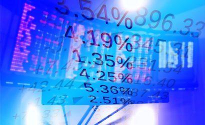 ارتفاع مؤشرات الأسهم في أوروبا ومكاسب لاميركان اكسبريس بعد توقعاتها الإيجابية