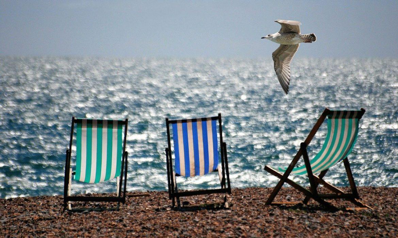 أخبار كورونا: أوروبا تتوق إلى إعادة فتح الحدود لإنقاذ السياحة قبل فصل الصيف
