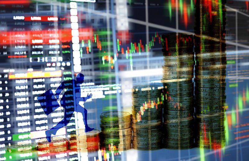 الأسهم التي تحقق أكبر التحركات قبل الافتتاح الرسمي للأسواق