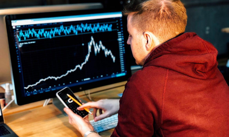 الأسهم صاحبة أكبر التحركات قبل الافتتاح الرسمي للأسواق