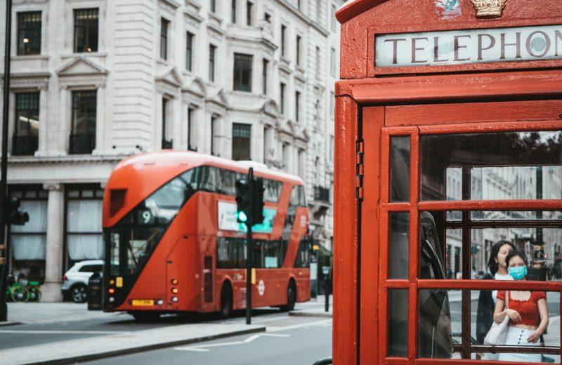 بموجب قانون جديد قد يتم تغريم شركات الاتصالات البريطانية 10٪ من الإيرادات لاستخدام معدات هواوي