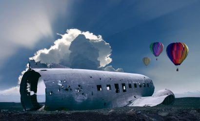غواصون إندونيسيون يعثرون على أجزاء من حطام طائرة في بحر جاوة ، ولا ناجين