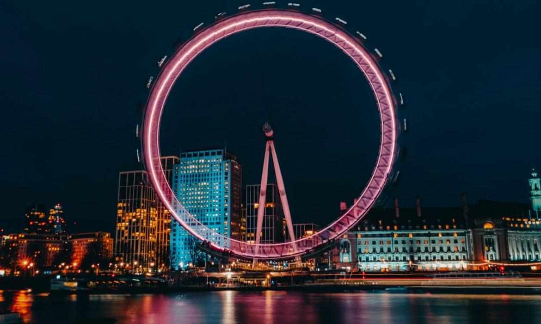 تقدم المملكة المتحدة أكثر من 600 ألف لقاح في غضون 24 ساعة