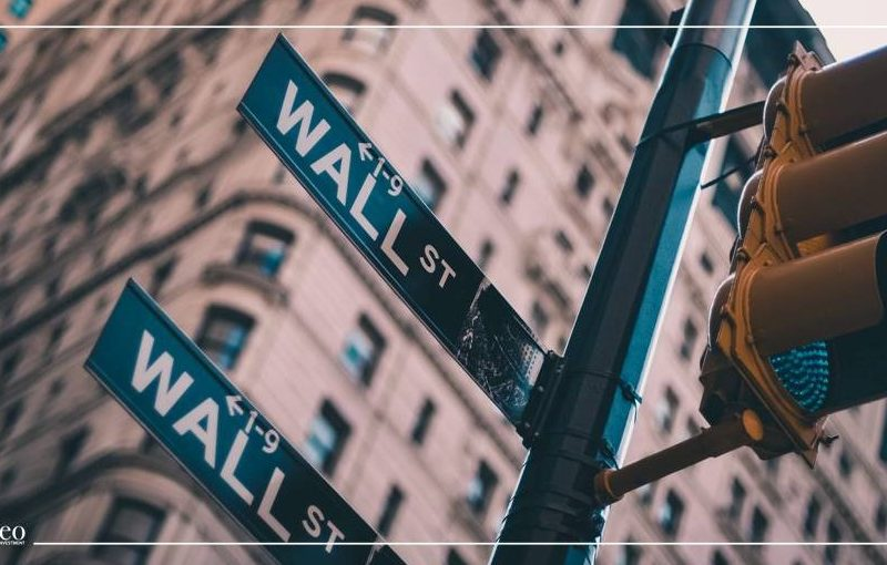 العقود الآجلة للأسهم الأمريكية ترتفع بشكل طفيف وأسهم الطاقة ترتفع