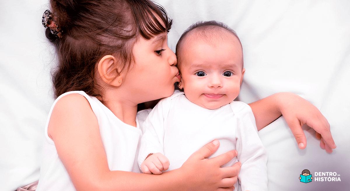 10 dicas para lidar com o ciúme entre irmãos
