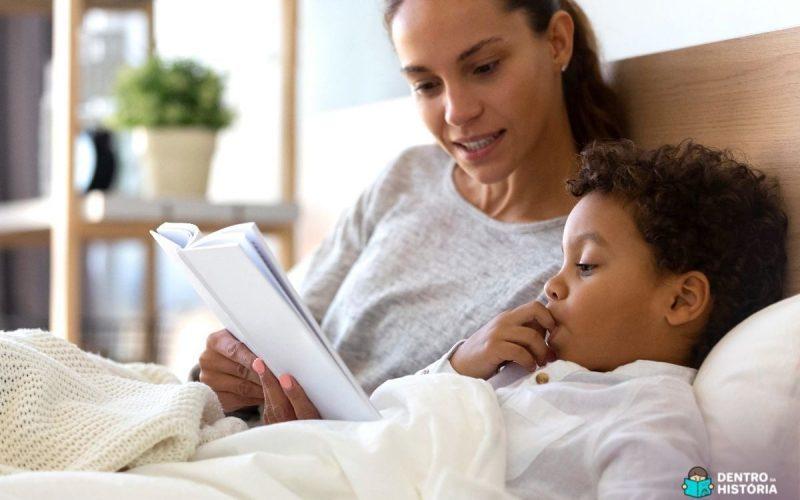 Benefícios da leitura em voz alta para crianças