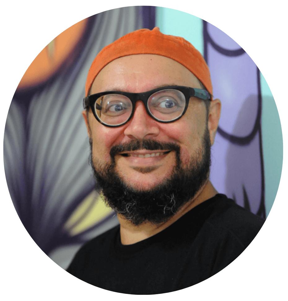 Escritor Tino Freitas