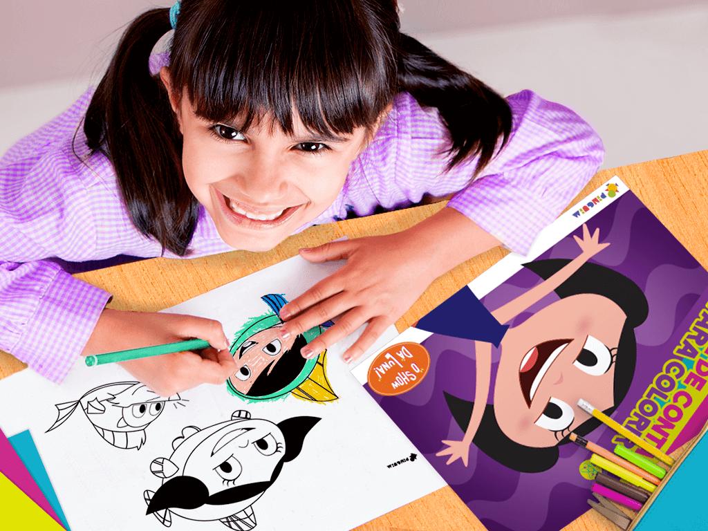Criança pintando desenhos do Show da Luna