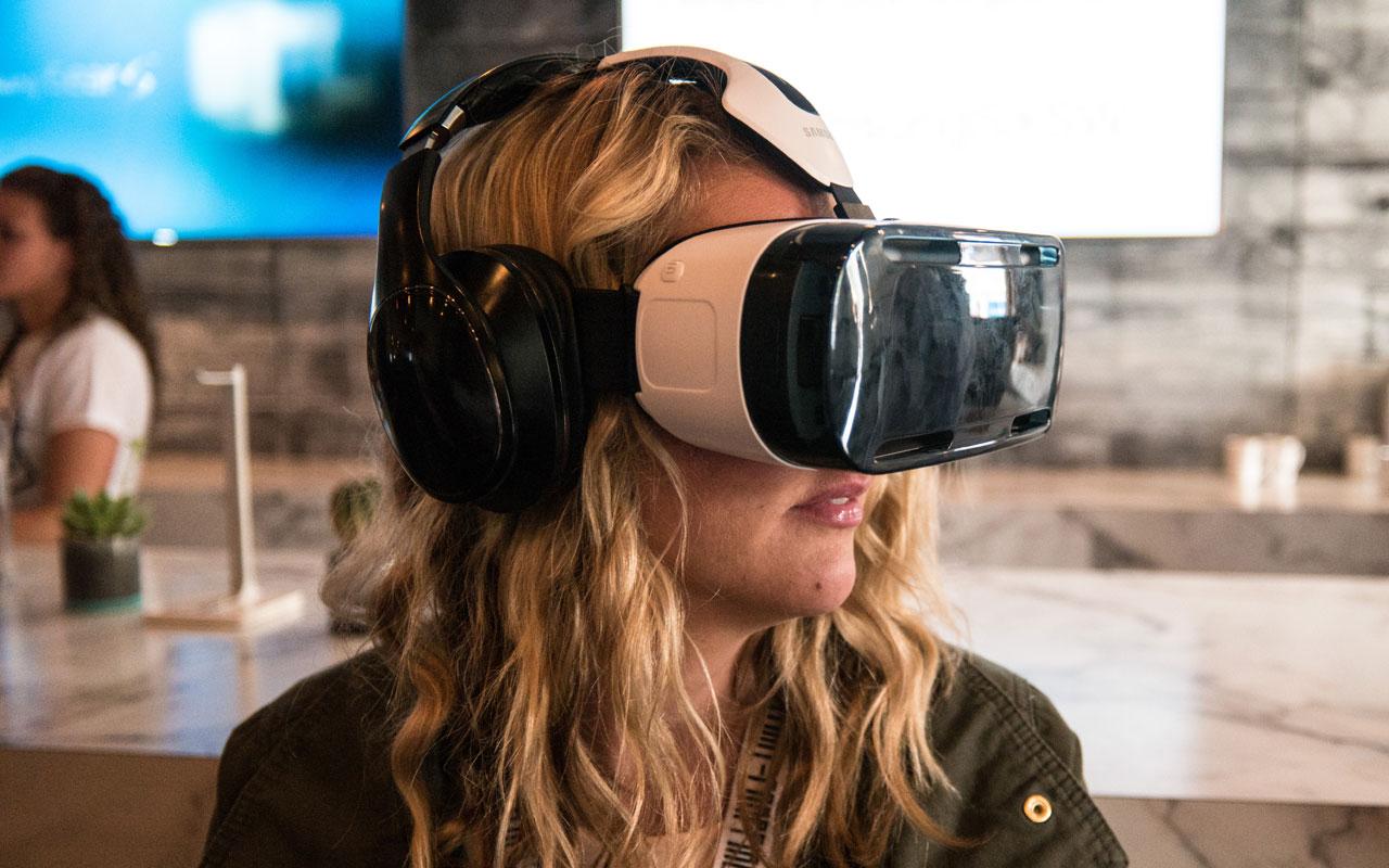 VR UI design