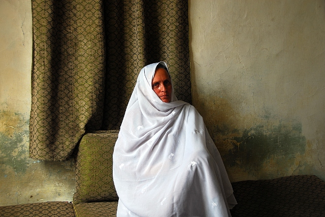 Raima's family has been displaced many times during the years of conflict in Afghanistan. Soon after they returned to Kabul in 2003, her husband was killed in a suicide attack. Photo by Ashley Jackson/Oxfam