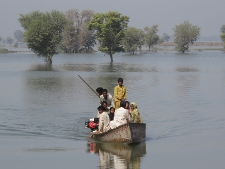 Families in the Dadu district of Pakistan's Sindh province are still battling flood waters that keep their villages submerged. Photo by Caroline Gluck/Oxfam