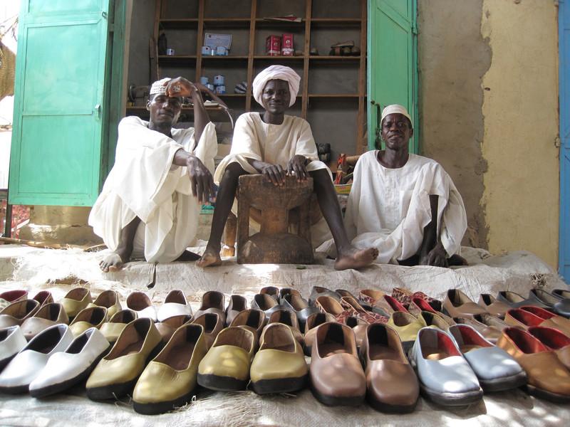 Local shoe sellers at a market in Darfur, Sudan. Photo: Elizabeth Stevens / Oxfam America