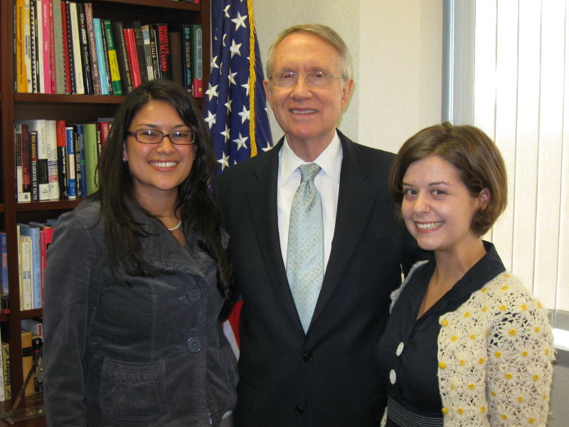 Angélica Getahun, Senator Harry Reid (D-NV) and Tonopah Greenlee in a meeting at the Senators office in Nevada. Getahun and Greenlee are members of Oxfam America's Action Corps, a network of citizen activists in the US.