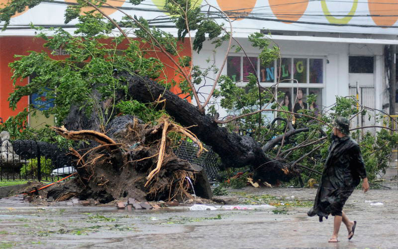 Typhoon Haiyan slams most impoverished regions of